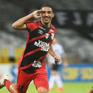 Com mudanças, Athletico divulga lista de inscritos para a Libertadores