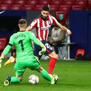Atlético de Madri quebra tabu e vence Barcelona no Espanhol