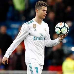 Aproximação entre CR7 e Florentino Pérez aumentam rumores de um retorno do atacante ao Real Madrid