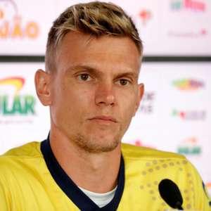 Douglas sobre derrota do Bahia: 'Estou envergonhado'