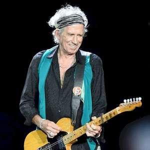 """Keith Richards quer comemorar 60 anos dos Stones """"em uma cadeira de rodas"""""""