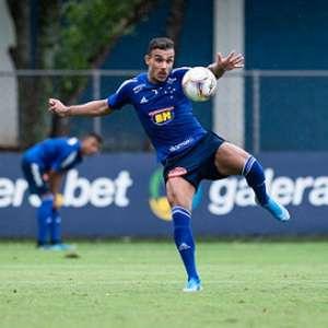 Após cumprir suspensão Pottker diz que Cruzeiro irá atrás da vitória diante da líder Chapecoense