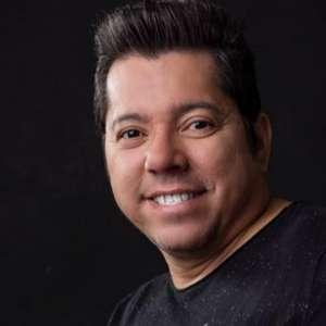 Astro do forró, Louro Santos morre de covid-19