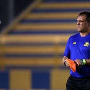 Rogério Lourenço lamenta momento do Cruzeiro e projeta voltar ao Brasil após passagem pela Arábia Saudita