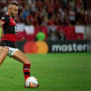 Rafinha relembra conquista da Libertadores pelo ...