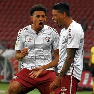 Substitutos de desfalques rendem pouco, mas Fluminense conta com sorte e bola parada para vencer
