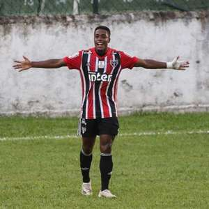 Victor Hugo celebra goleada e fase do SP no BR Sub-20: ...