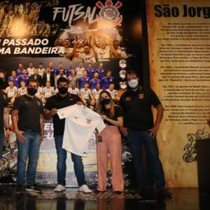 Corinthians acerta acordo com nova patrocinadora para o ...