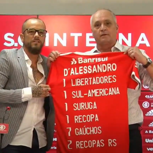 D'Alessandro oficializa despedida do Internacional ao ...