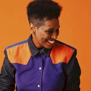 """Mahmundi apresenta o projeto """"Sorriso Rei"""", que celebra ..."""