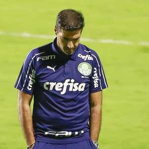 Palmeiras atrasa viagem para esperar por reforços