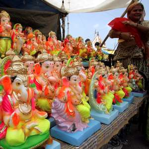 Grife brasileira retira imagem de deus hindu de shorts