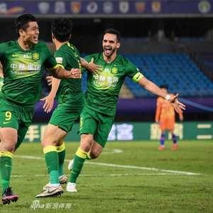Com um gol e uma assistência de Renato Augusto, Beijing ...