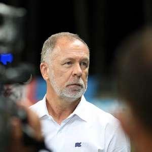 Bahia informa que Mano Menezes e outras três pessoas testaram positivo para Covid-19 no clube