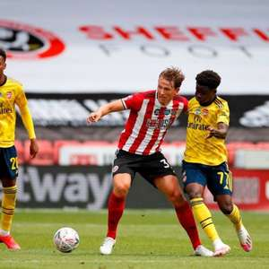 Arsenal prepara oferta por meio-campista do Sheffield United