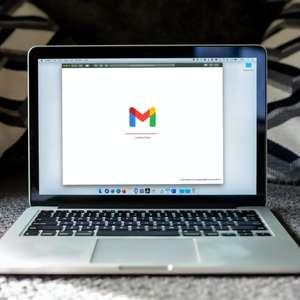Google adiciona aba lateral de contatos dentro do Gmail ...