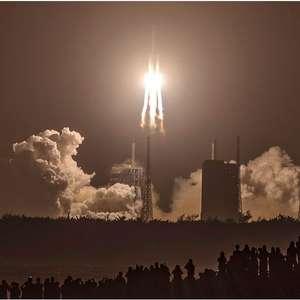 Como é a missão chinesa para a Lua que foi vista no céu do Nordeste brasileiro