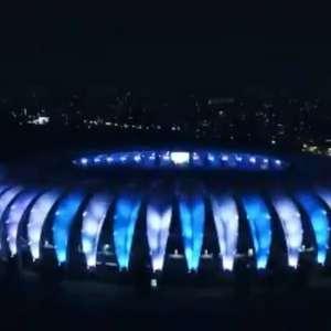 Por Maradona, Inter ilumina Beira-Rio de azul claro e branco