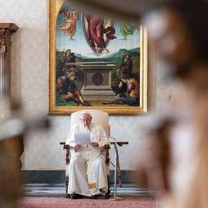 Papa alerta que Igreja 'não é mercado nem partido político'