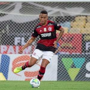 Após expulsão, Natan, do Flamengo, explica que não ...