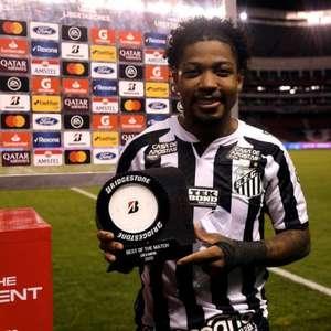 Marinho exalta elenco do Santos após vitória na Libertadores