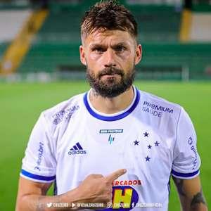 Rafael Sóbis é herói do Cruzeiro na melhor partida do ...