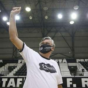 Presidente do Botafogo, Durcesio Mello analisa situação ...