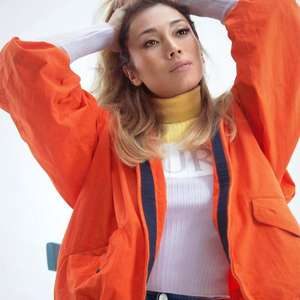 Camila Morgado e Suzuki estão gravando série no Uruguai