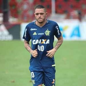 Recuperado de lesão, meia-atacante do Flamengo volta aos ...