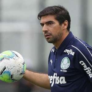Técnico do Palmeiras presta homenagem a Maradona e cita ...