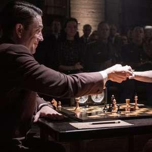 'O Gambito da Rainha': série da Netflix ignora sexismo no xadrez, diz ex-campeã