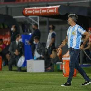 Vitória no Paraguai foi dedicada por Renato Portaluppi a Maradona: 'Perdi um grande amigo'