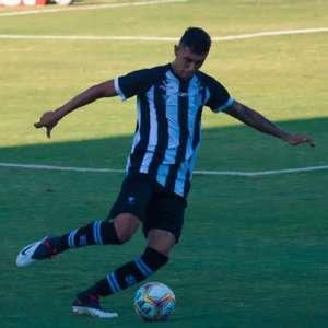 Após empate, Vitor Mendes acredita em evolução do Figueira: 'Nós vamos melhorar e o time vai crescer!'