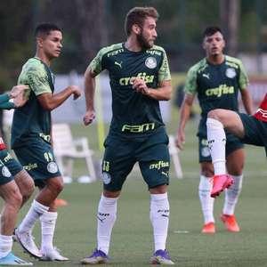 Com Viña, Veron e Scarpa, Palmeiras faz último treino ...