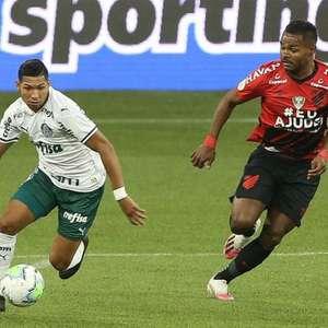 Vivendo bom momento no Palmeiras, Rony reencontra ...