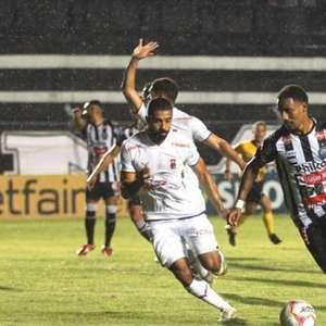 Operário, com gol de Ricardo Bueno, vence Paraná e sobe ...