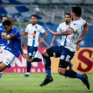 Cruzeiro perde para o Confiança em casa e vê o G4 cada ...