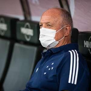 Felipão reclama de arbitragem e fala da instabilidade emocional do Cruzeiro nos últimos jogos em casa