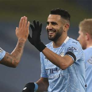 Com show e 3 de Mahrez, City atropela Burnley por 5 a 0