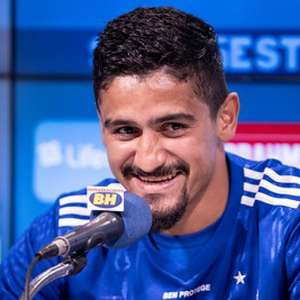 Após início confuso no Cruzeiro, zagueiro Ramon renova ...