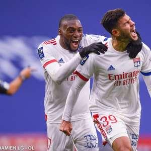 Lyon vence Reims com facilidade no Campeonato Francês