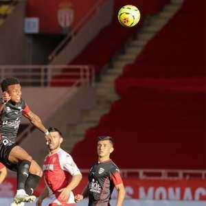 Monaco goleia o Nimes e assume a terceira colocação do ...