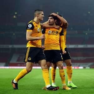 Portugueses são decisivos e Wolverhampton vence o ...
