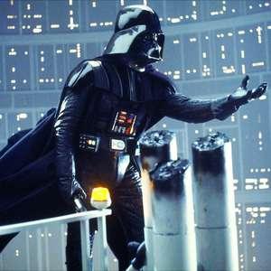 George Lucas diz que David Prowse fez Darth Vader ...
