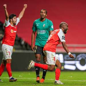 Braga vence lanterna e assume a vice-liderança do ...