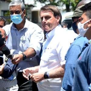 Bolsonaro questiona urna eletrônica: Quero voto impresso já