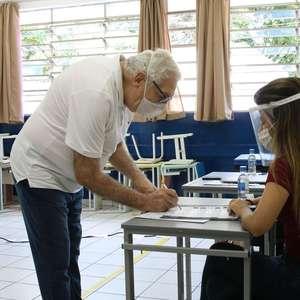 Eleitores de 57 cidades voltam às urnas neste domingo