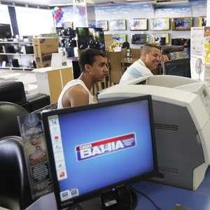 CORREÇÃO-Covid-19 reforça ecommerce em Black Friday no ...
