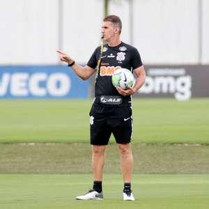 Mancini tenta marca inédita no Corinthians contra o Fortaleza