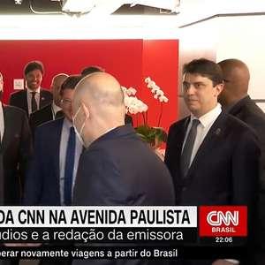 """Bolsonaro visita sede da CNN em SP: """"Me senti bem aqui"""""""